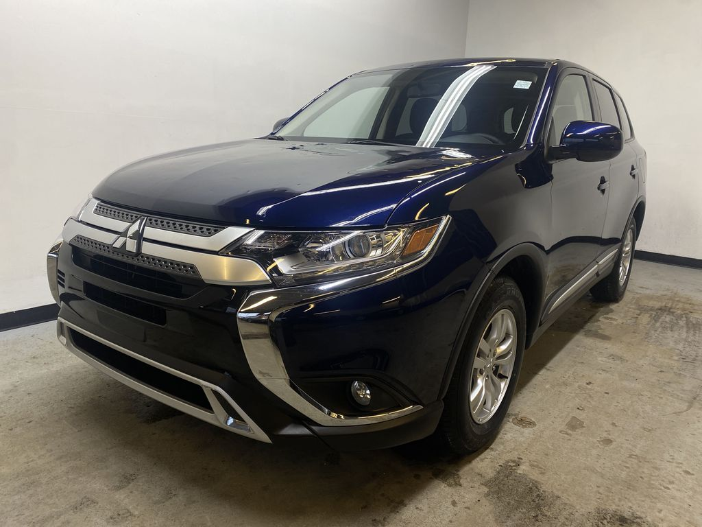 BLUE 2020 Mitsubishi Outlander ES - Backup Camera, Bluetooth, Heated Front Seats Left Front Head Light / Bumper and Grill in Edmonton AB