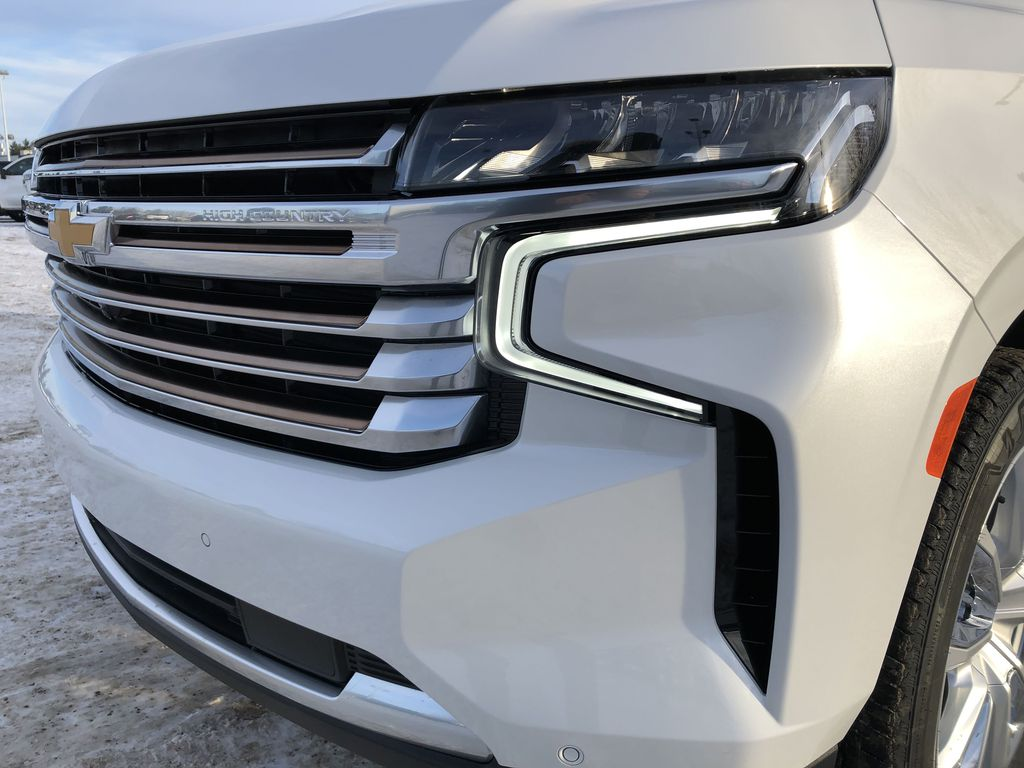 White[Iridescent Pearl Tricoat] 2021 Chevrolet Tahoe Left Front Head Light / Bumper and Grill in Edmonton AB