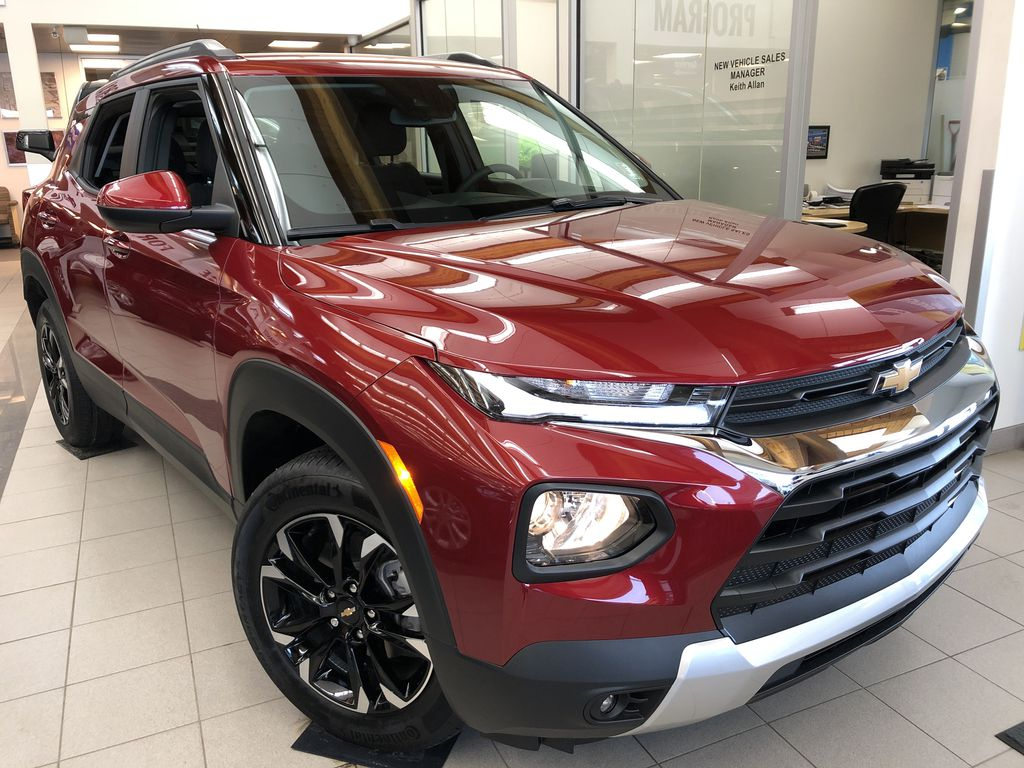 Red[Scarlet Red Metallic] 2021 Chevrolet Trailblazer