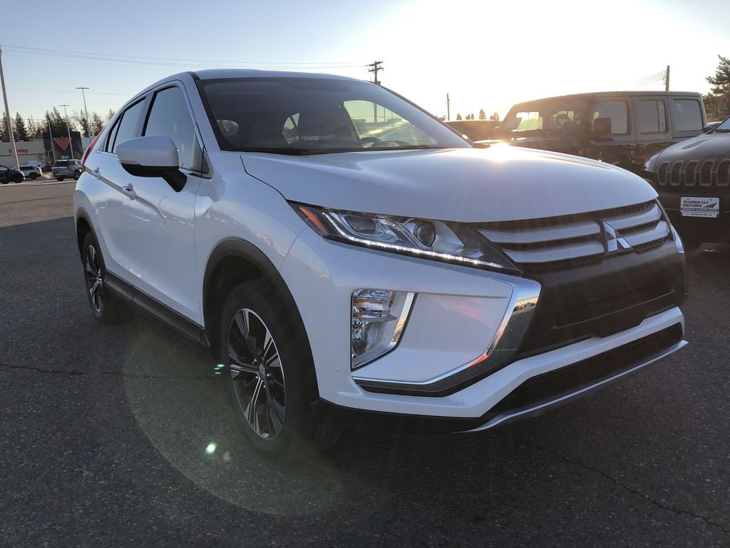White 2019 Mitsubishi Eclipse Cross ES S-AWC *Back-Up Cam*Bluetooth*Heated Seats* Right Front Corner Photo in Brandon MB