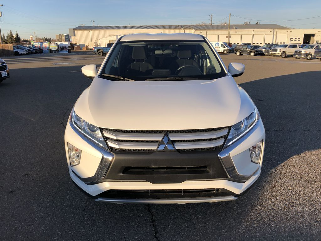 White 2019 Mitsubishi Eclipse Cross ES S-AWC *Back-Up Cam*Bluetooth*Heated Seats* Front Vehicle Photo in Brandon MB