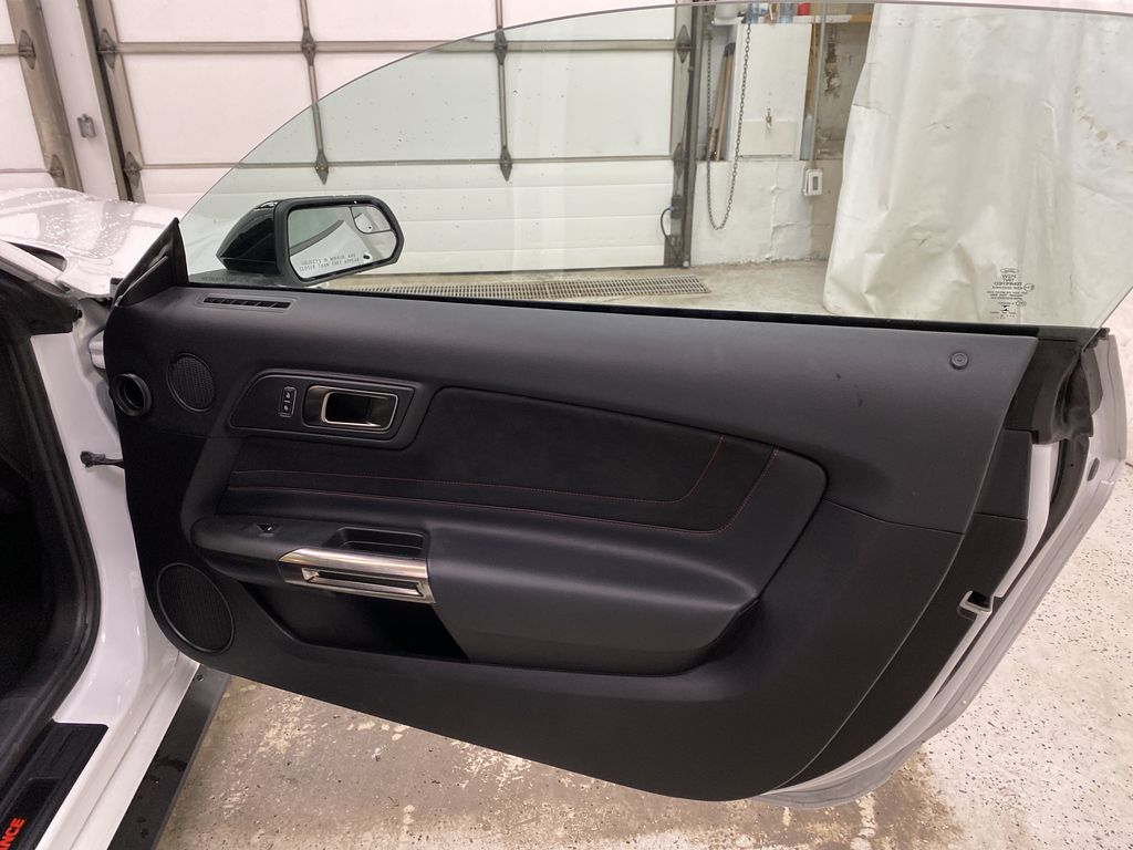 White[Oxford White] 2018 Ford Mustang Right Front Interior Door Panel Photo in Dartmouth NS