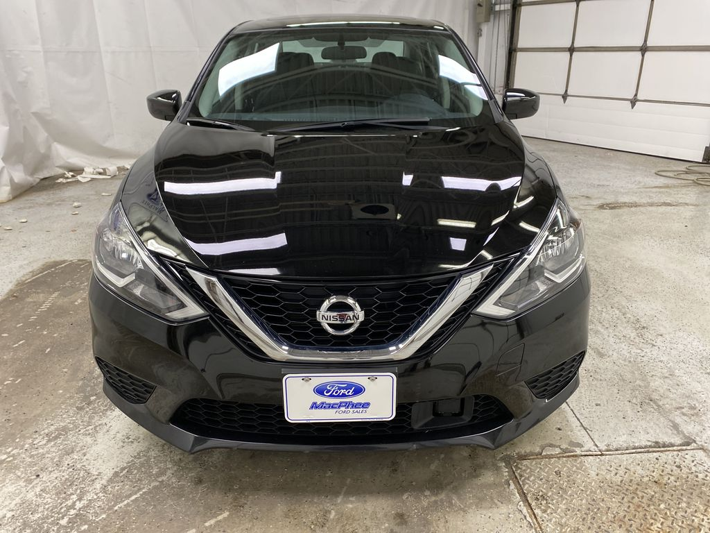 Black[Super Black] 2019 Nissan Sentra Front Vehicle Photo in Dartmouth NS