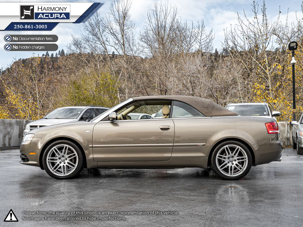 Gold 2009 Audi A4 Front Seats and Dash Photo in Kelowna BC