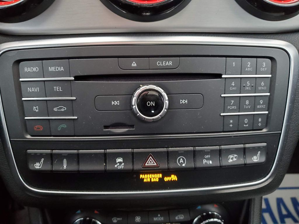 Black 2016 Mercedes-Benz GLA Odometer Photo in Airdrie AB