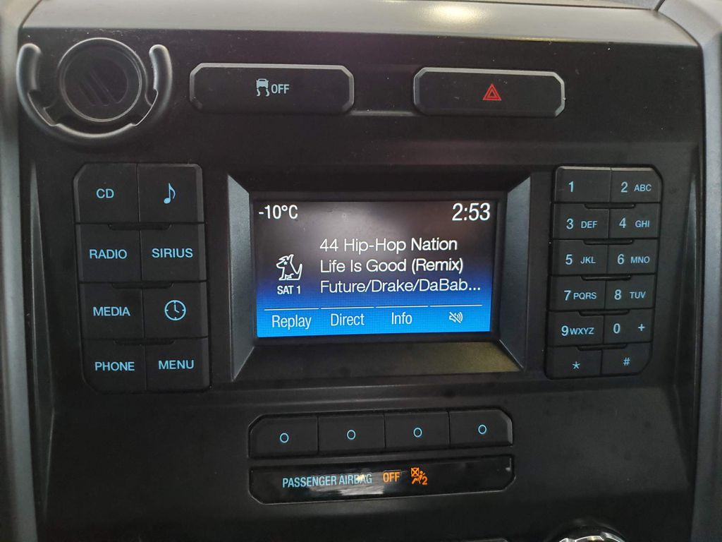Blue 2015 Ford F-150 LR Door Panel Ctls Photo in Airdrie AB