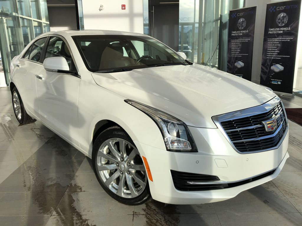 White[Crystal White Tricoat] 2018 Cadillac ATS Sedan