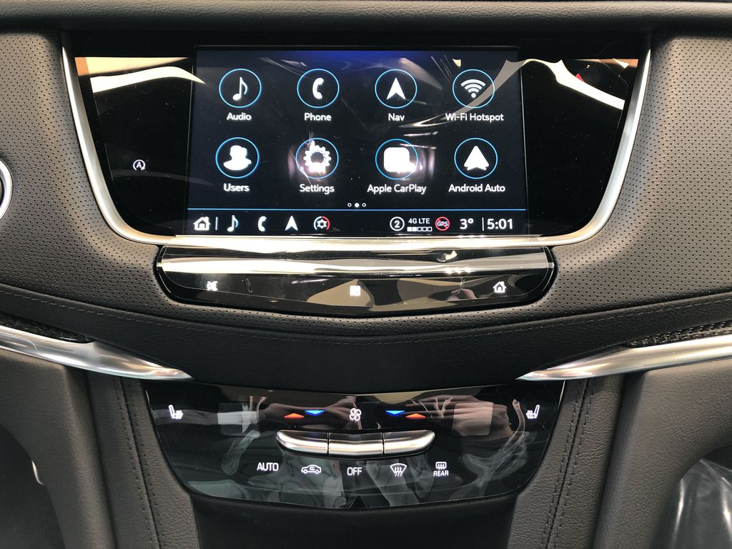 Black[Stellar Black Metallic] 2021 Cadillac XT5 Central Dash Options Photo in Edmonton AB