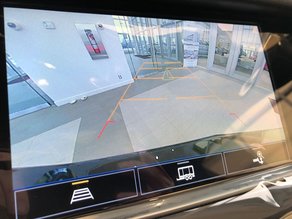 Black[Stellar Black Metallic] 2021 Cadillac XT5 Backup Camera Closeup Photo in Edmonton AB