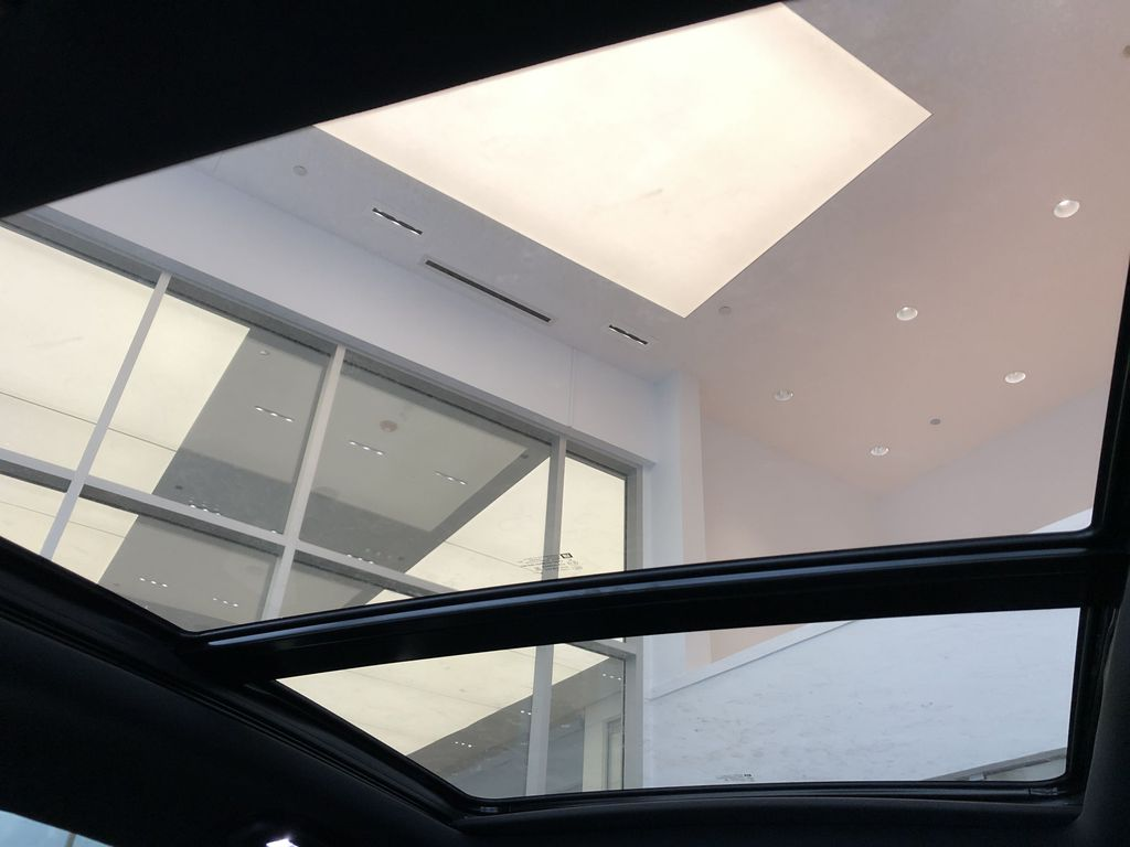 Black[Stellar Black Metallic] 2021 Cadillac XT5 Sunroof Photo in Edmonton AB