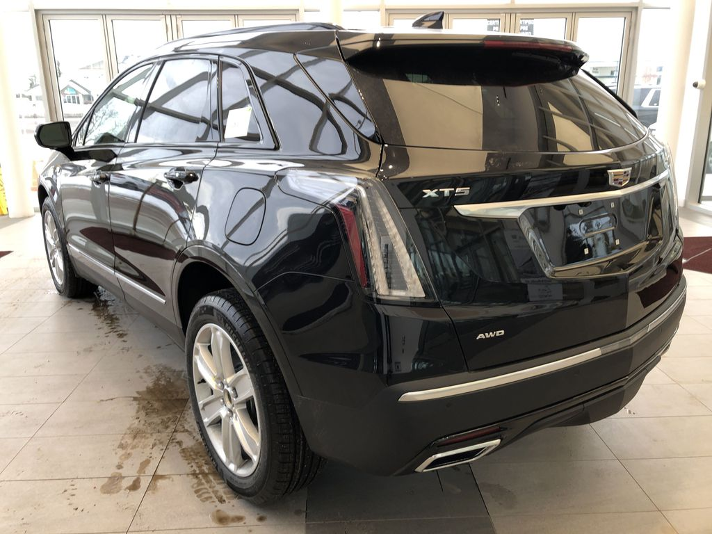 Black[Stellar Black Metallic] 2021 Cadillac XT5 Left Rear Corner Photo in Edmonton AB