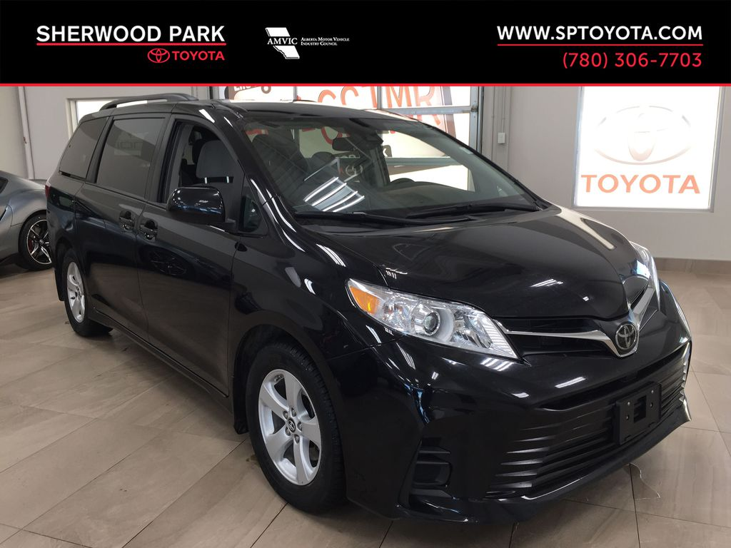 GREY 2019 Toyota Sienna LE / AD SPECIAL