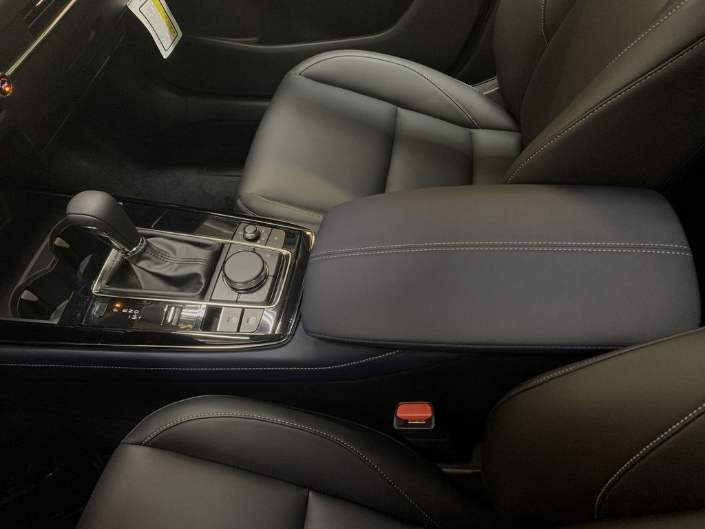 SOUL RED CRYSTAL METALLIC(46V) 2021 Mazda CX-30 GS AWD Center Console Photo in Edmonton AB