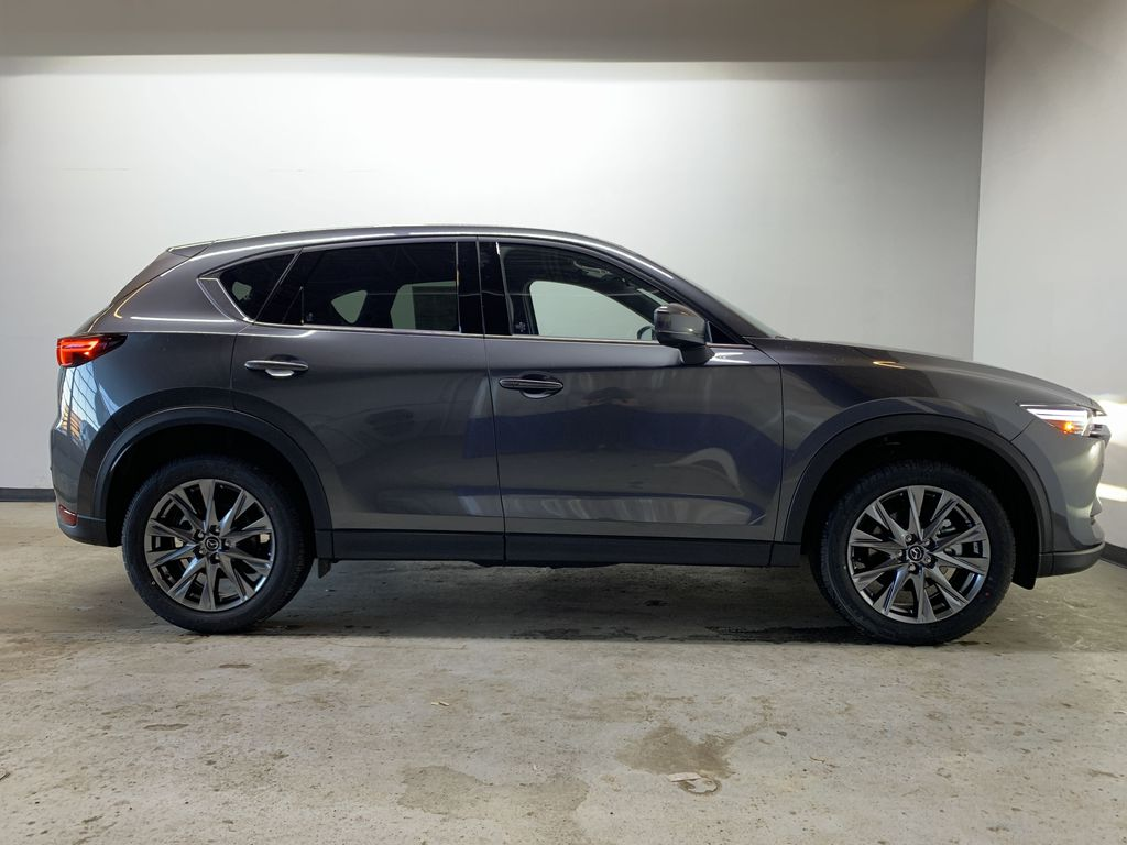 MACHINE GREY METALLIC(46G) 2021 Mazda CX-5 Signature AWD Right Side Photo in Edmonton AB