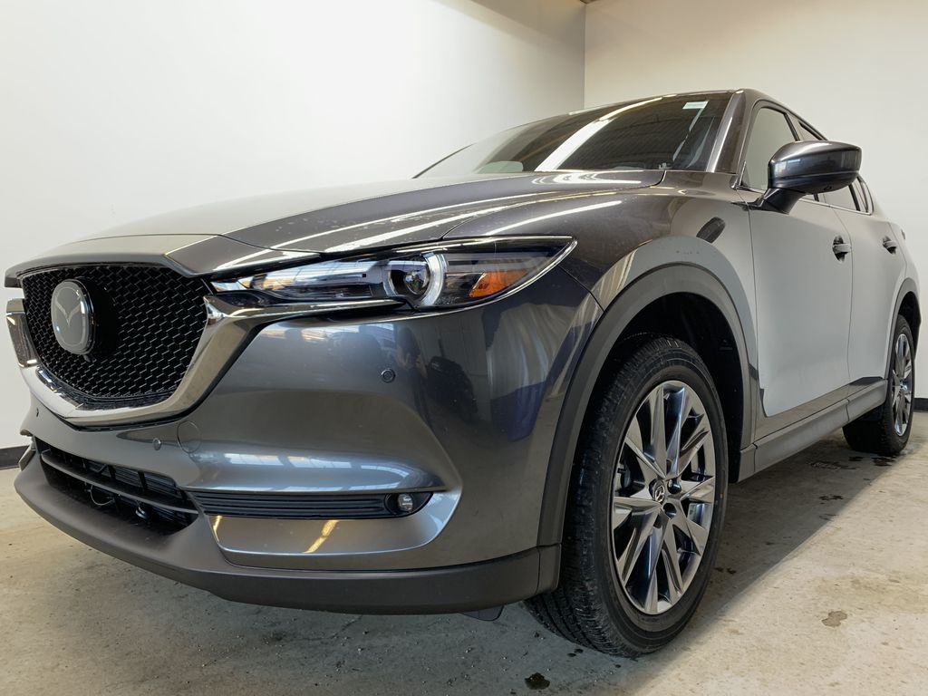 MACHINE GREY METALLIC(46G) 2021 Mazda CX-5 Signature AWD Left Front Corner Photo in Edmonton AB