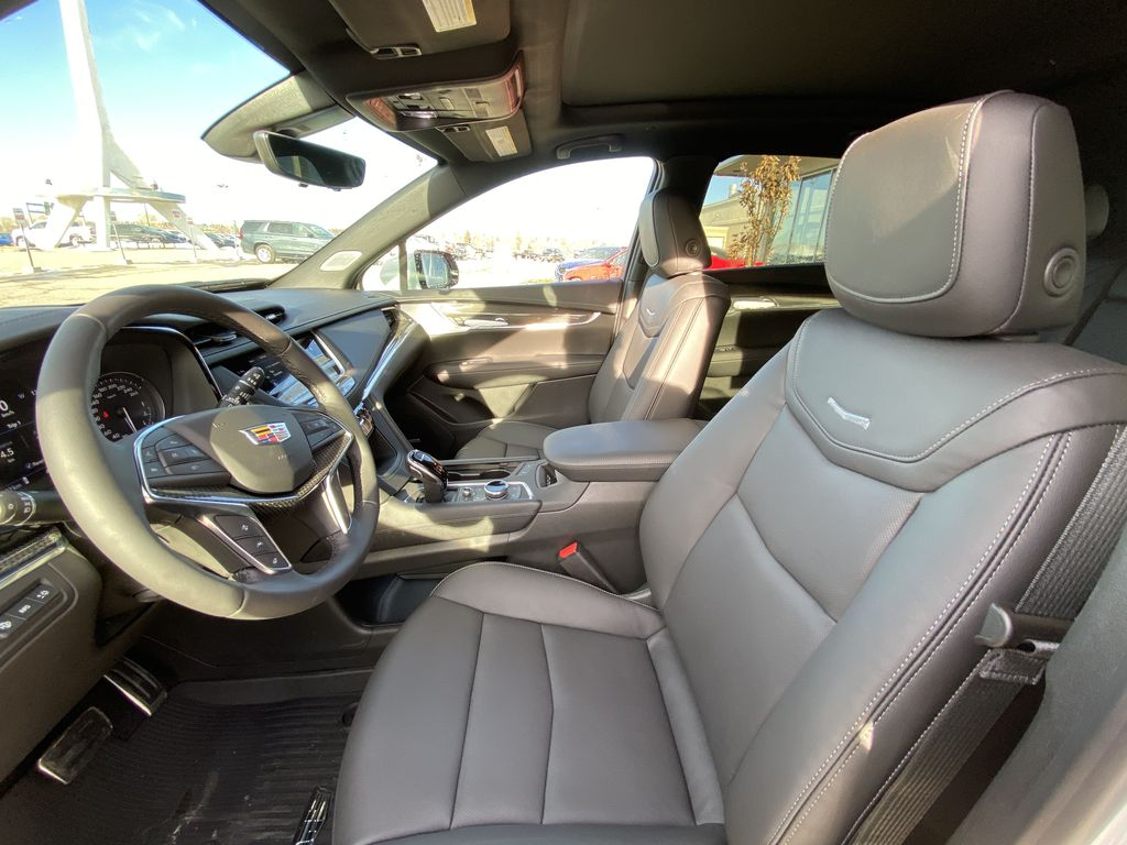 White[Crystal White Tricoat] 2021 Cadillac XT5 Premium Sport Left Front Interior Photo in Calgary AB