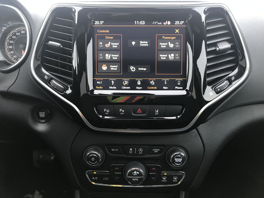 Black 2019 Jeep Cherokee High Altitude 4x4 *Heated/Cooled Seats*Bluetooth*Back-up Cam* Central Dash Options Photo in Brandon MB