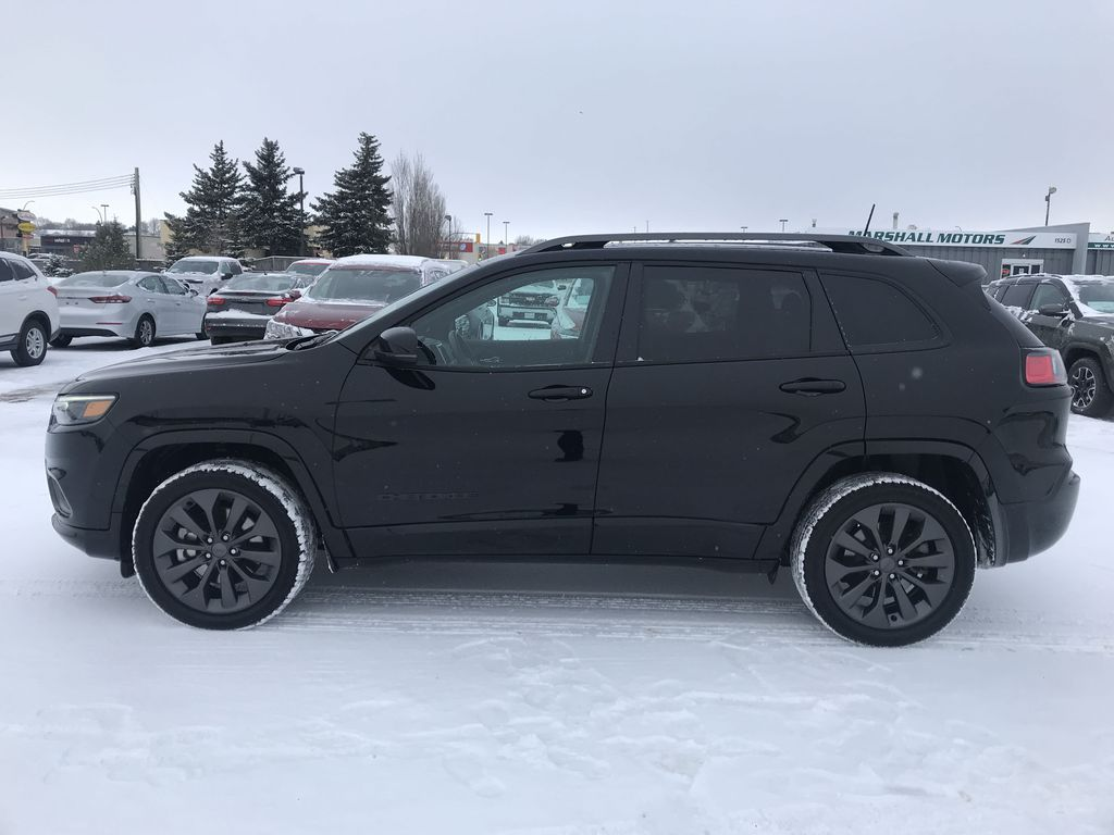 Black 2019 Jeep Cherokee High Altitude 4x4 *Heated/Cooled Seats*Bluetooth*Back-up Cam* Left Side Photo in Brandon MB