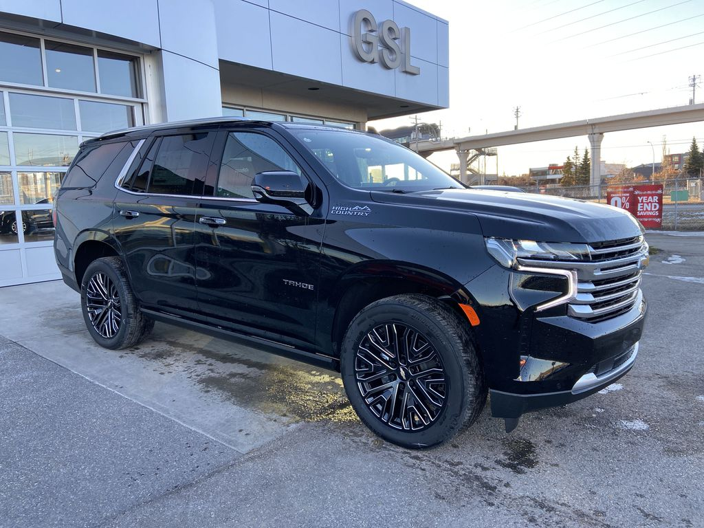 Black[Black] 2021 Chevrolet Tahoe High Country Right Front Corner Photo in Calgary AB
