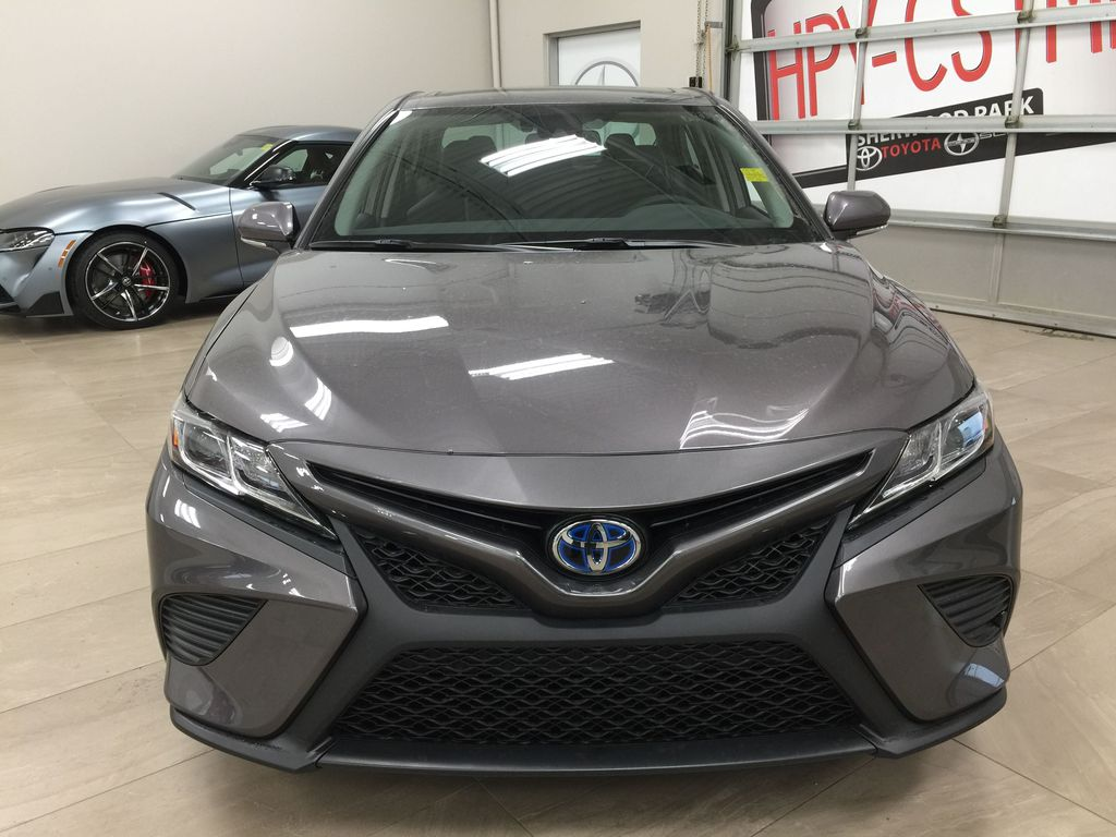 Gray[Pre-Dawn Grey Mica] 2020 Toyota Camry SE Hybrid Front Vehicle Photo in Sherwood Park AB