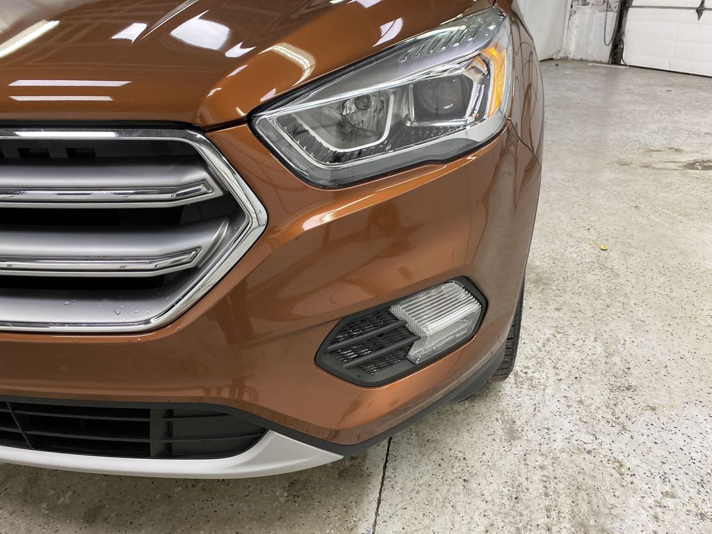 Orange[Canyon Ridge] 2017 Ford Escape Left Front Head Light / Bumper and Grill in Dartmouth NS