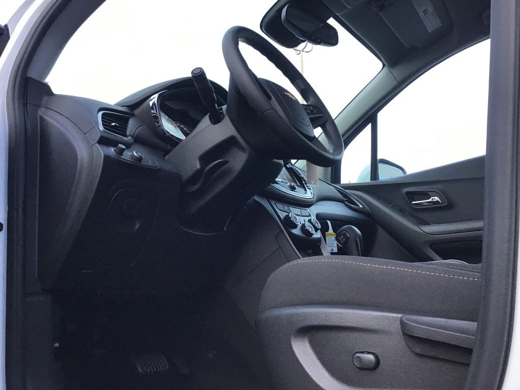 White 2021 Chevrolet Trax Left Side Photo in Brooks AB
