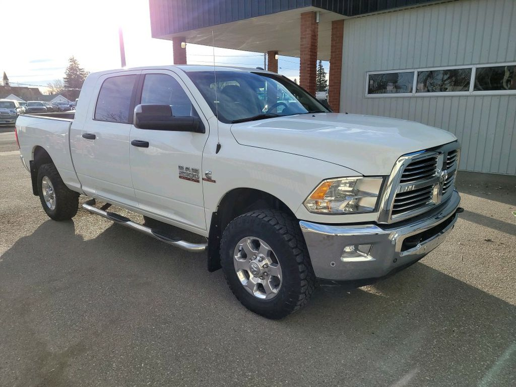 White 2017 Ram 2500 Left Front Rim and Tire Photo in Fort Macleod AB