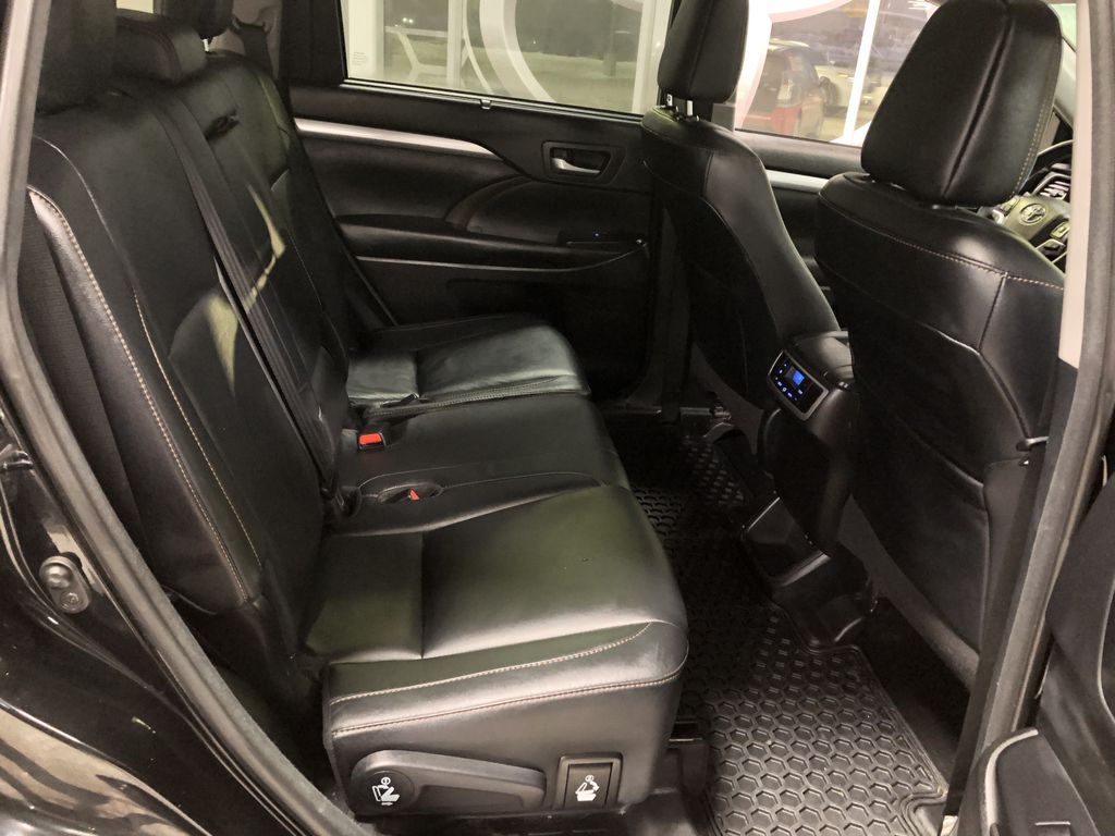 Black 2018 Toyota Highlander XLE | Extended Warranty Included TV / Special Photo in Edmonton AB
