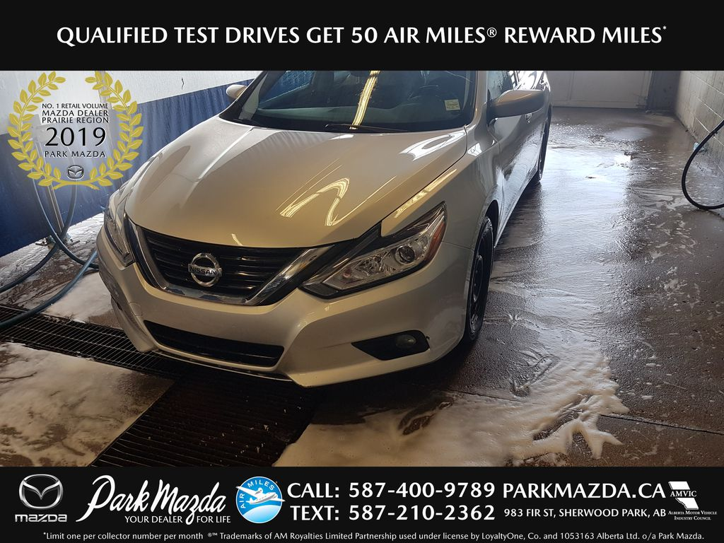 SILVER 2016 Nissan Altima SV - Bluetooth, Backup Cam, LCD Display