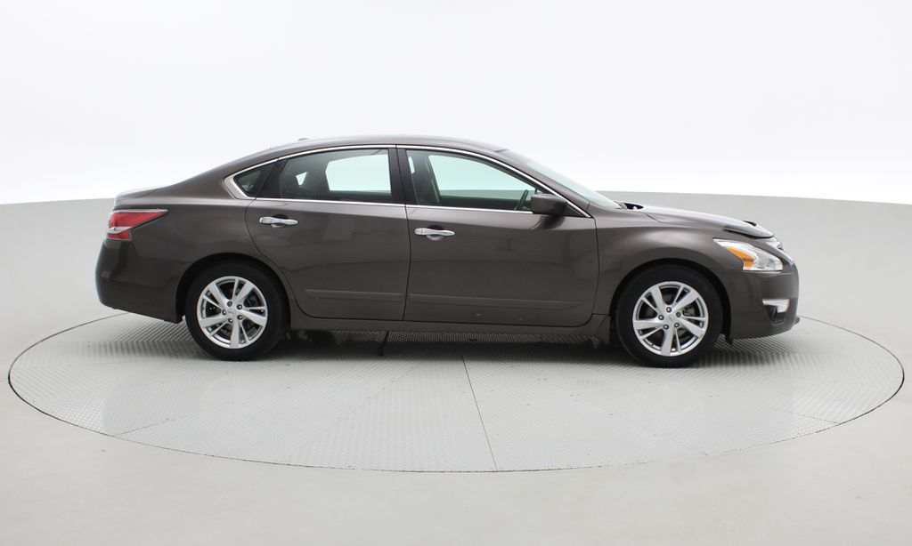 Brown[Java Metallic] 2014 Nissan Altima SV - Sunroof, Automatic, Alloy Wheels, LOW KMs Right Side Photo in Winnipeg MB