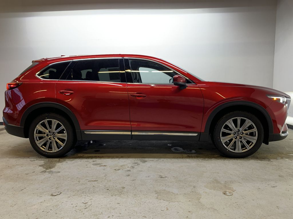 SOUL RED CRYSTAL METALLIC(46V) 2021 Mazda CX-9 Signature AWD Right Side Photo in Edmonton AB