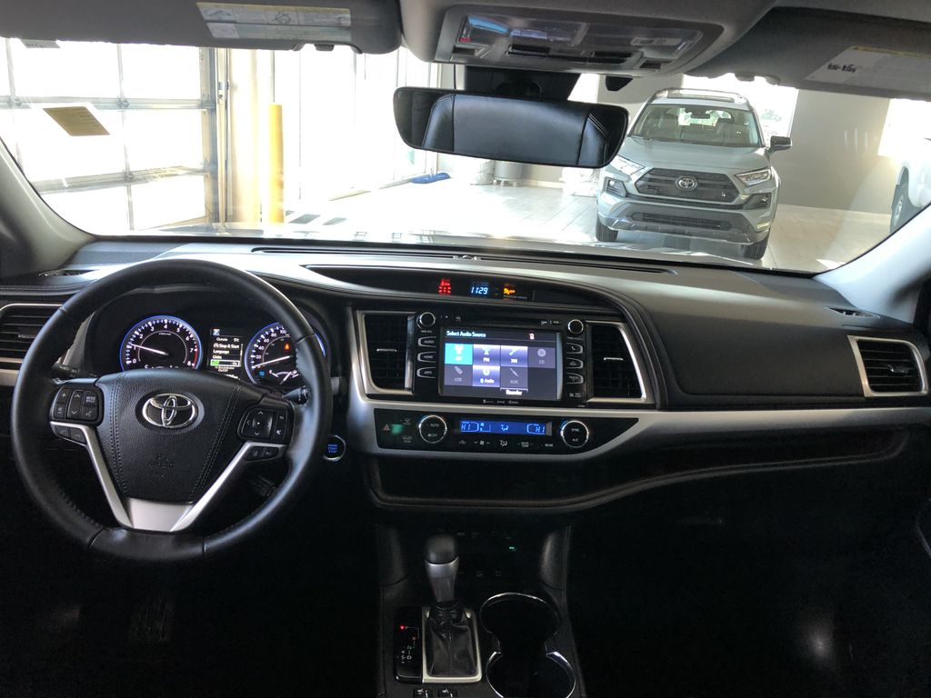 Grey 2019 Toyota Highlander XLE   Extended Warranty Included Rear Seat Photo in Edmonton AB