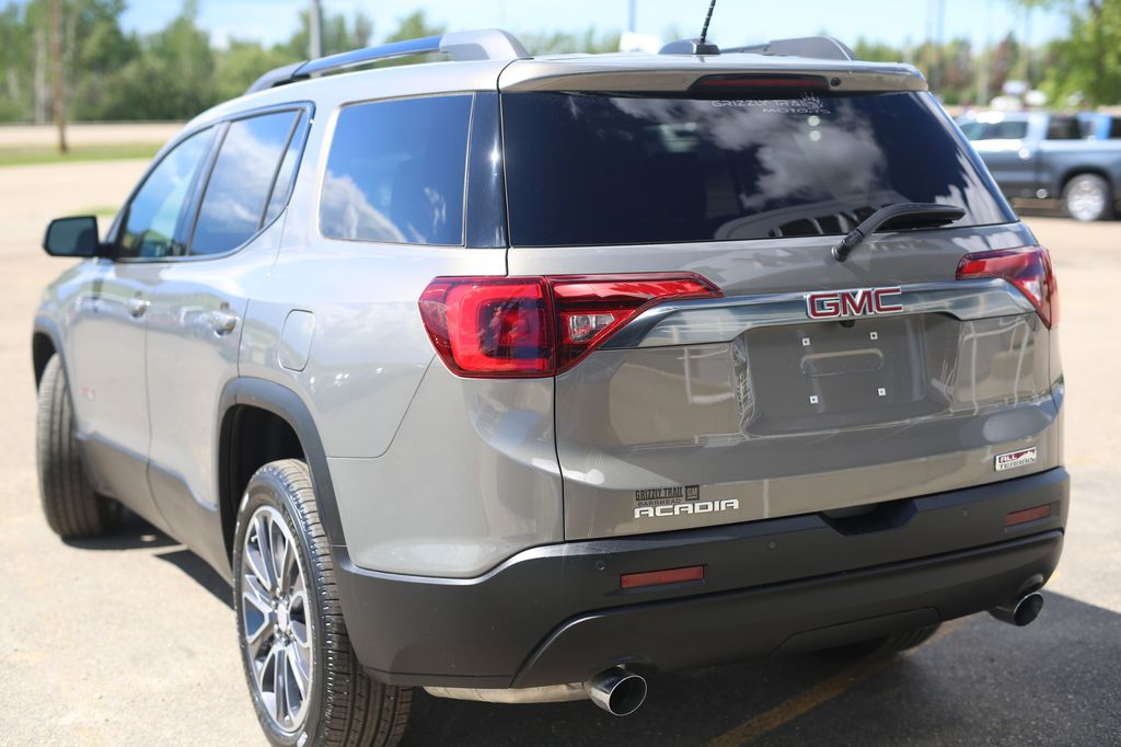 Pewter 2019 GMC Acadia Left Front Rim and Tire Photo in Barrhead AB