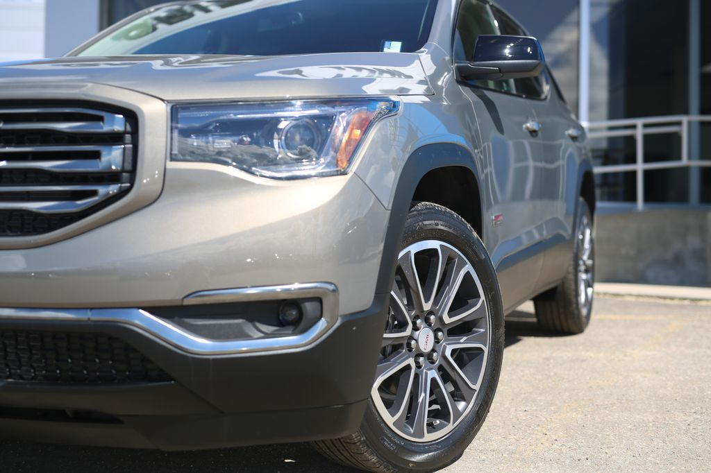 Pewter 2019 GMC Acadia Front Vehicle Photo in Barrhead AB