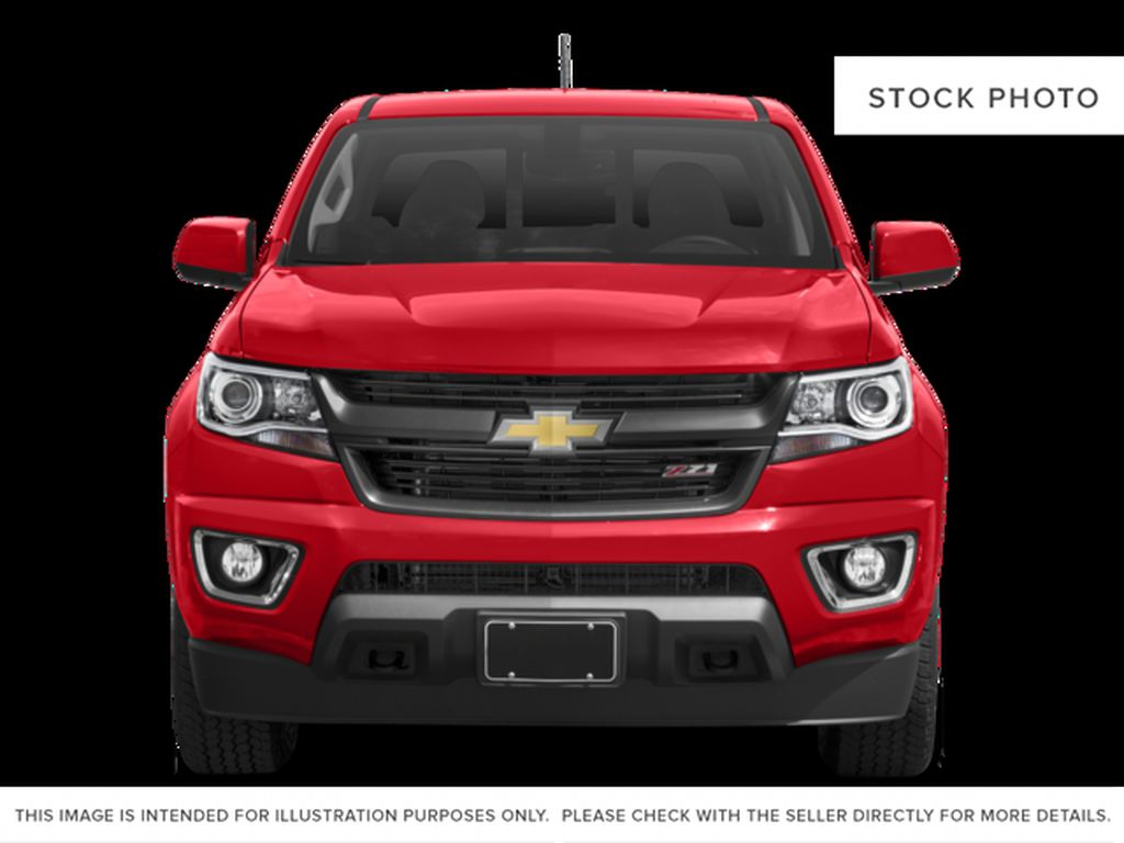 Gray[Cyber Grey Metallic] 2017 Chevrolet Colorado Front Vehicle Photo in Fort Macleod AB
