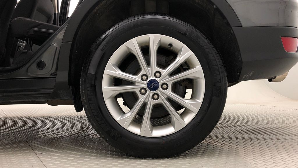 Gray[Magnetic] 2017 Ford Escape SE 4WD - Backup Camera, Power Liftgate, Bluetooth Left Rear Rim and Tire Photo in Winnipeg MB