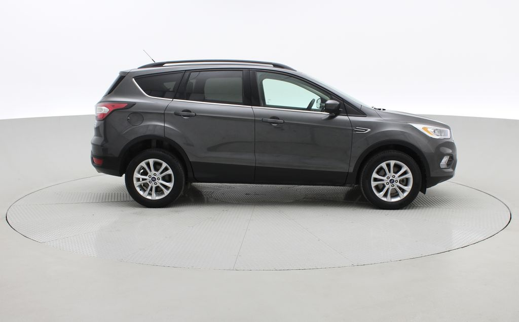 Gray[Magnetic] 2017 Ford Escape SE 4WD - Backup Camera, Power Liftgate, Bluetooth Right Side Photo in Winnipeg MB