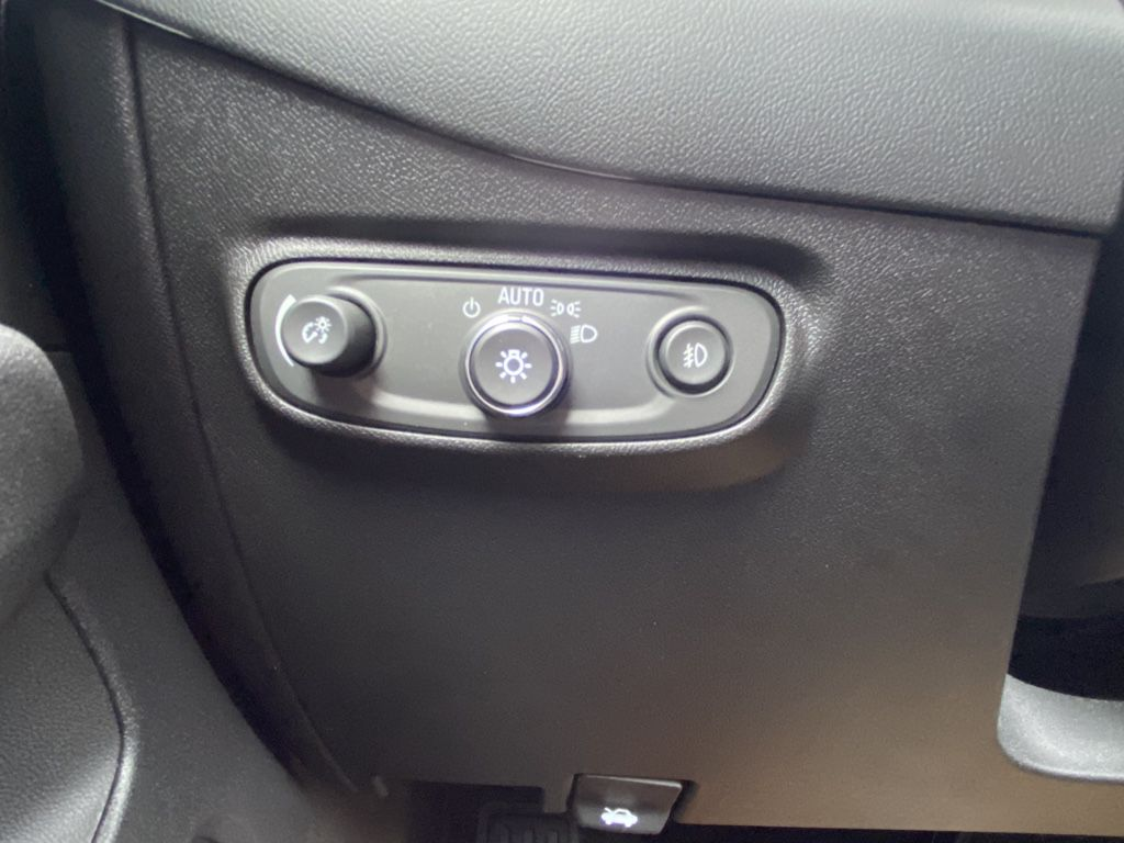 Blue 2021 Chevrolet Equinox Front Vehicle Photo in Barrhead AB