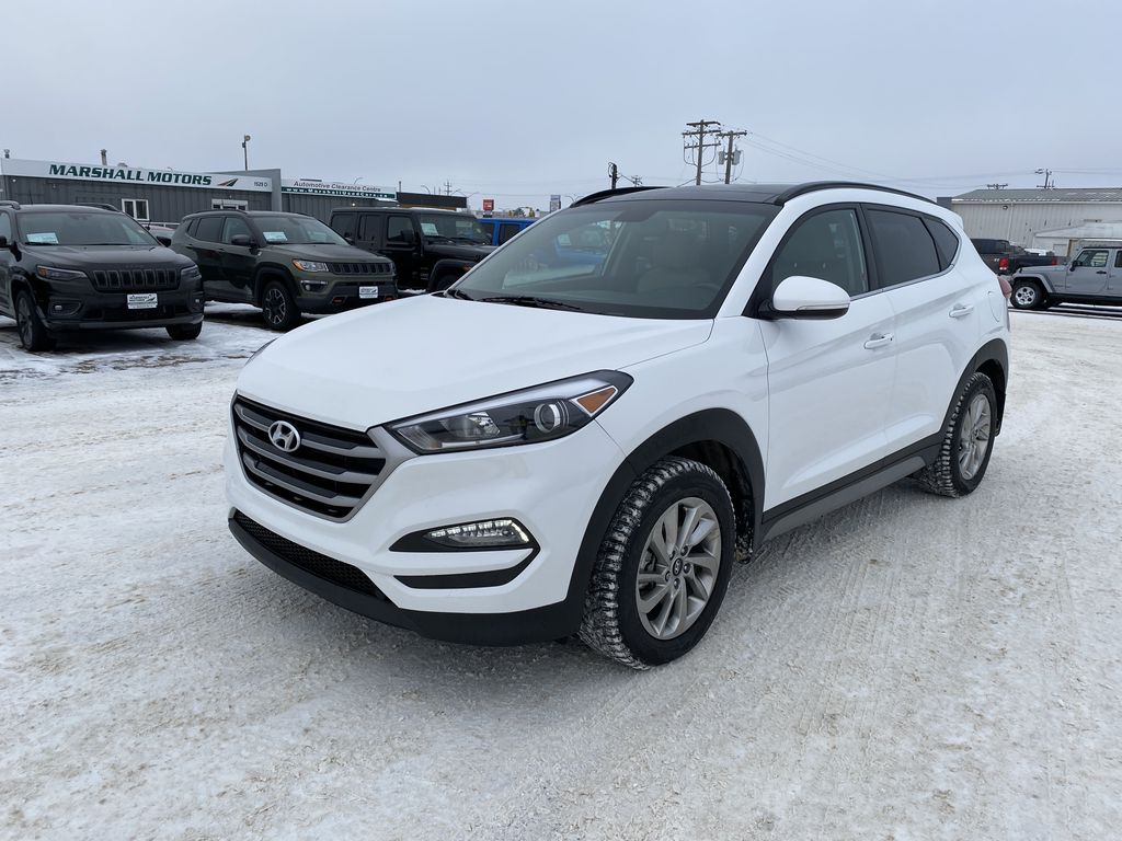 White 2017 Hyundai Tucson AWD 4dr 2.0L Luxury *Remote Start*Navigation*Heated Seats*