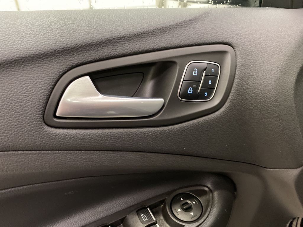 2019 Ford Escape  Driver's Side Door Controls Photo in Dartmouth NS