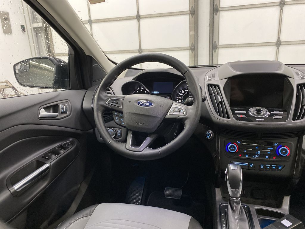 2019 Ford Escape Strng Wheel: Frm Rear in Dartmouth NS
