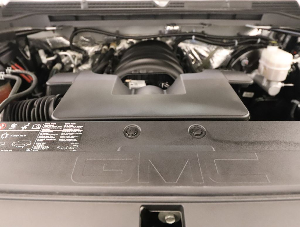 Silver 2018 GMC Sierra 1500 Engine Compartment Photo in Lethbridge AB