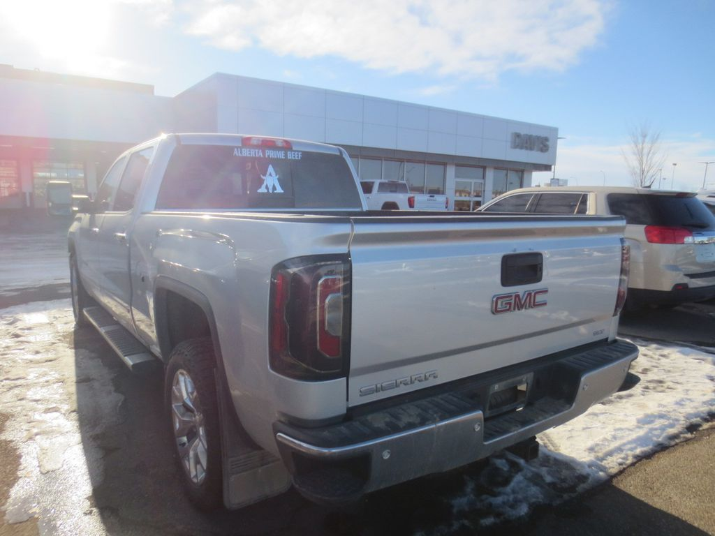 Silver 2018 GMC Sierra 1500 Front Vehicle Photo in Lethbridge AB