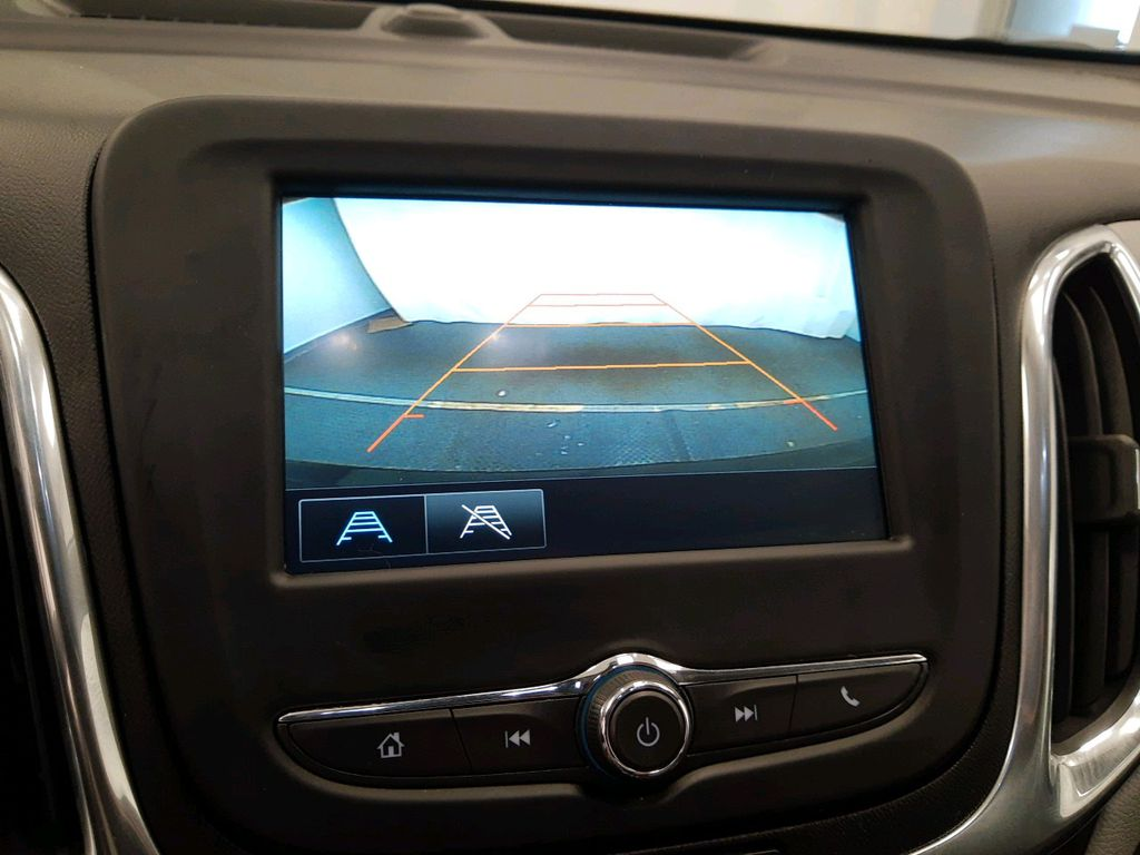 Black 2018 Chevrolet Equinox Steering Wheel and Dash Photo in Lethbridge AB
