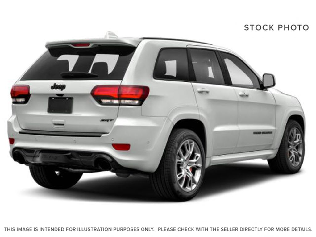 2019 Jeep Grand Cherokee Right Rear Corner Photo in Fort Macleod AB