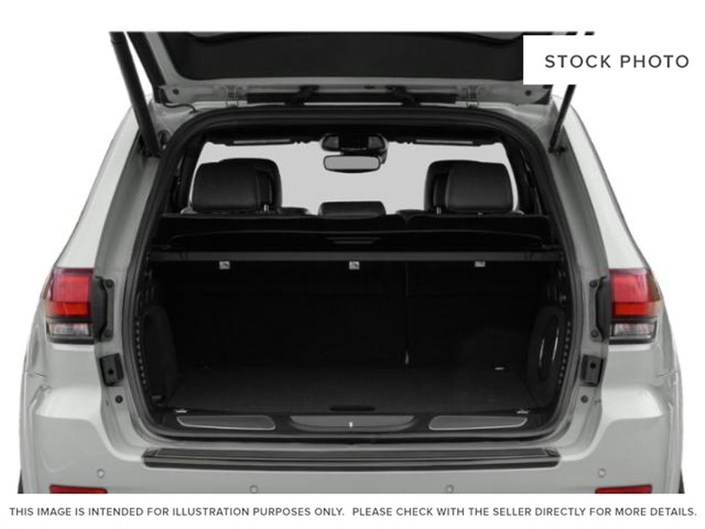 2019 Jeep Grand Cherokee Trunk / Cargo Area Photo in Fort Macleod AB