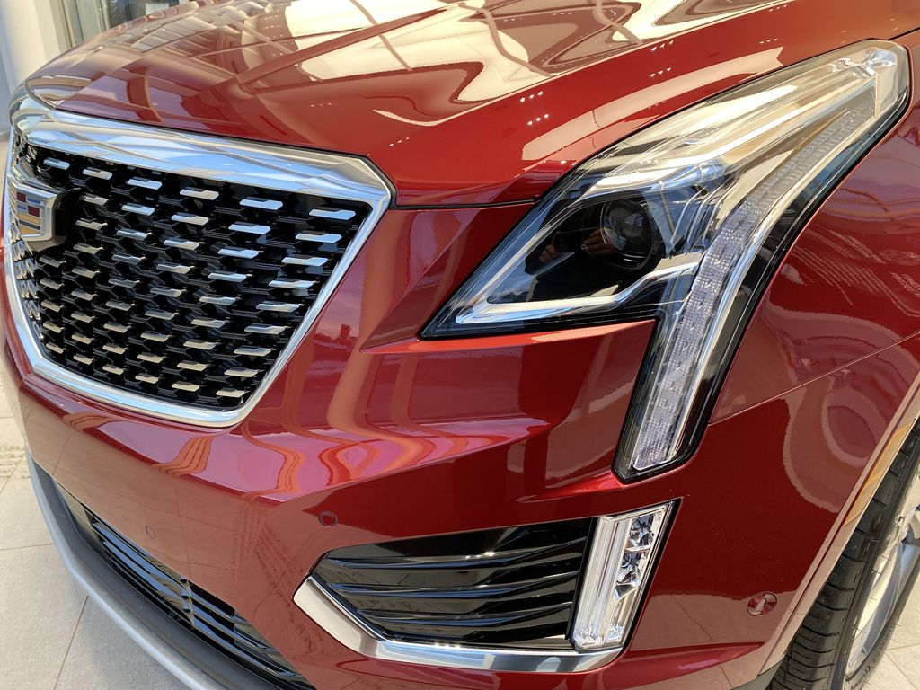Red[Infrared Tintcoat] 2021 Cadillac XT5 Left Front Head Light / Bumper and Grill in Edmonton AB