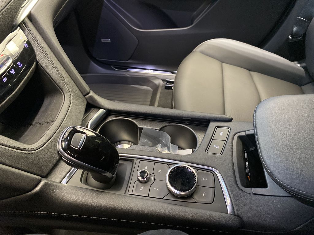 Red[Infrared Tintcoat] 2021 Cadillac XT5 Center Console Photo in Edmonton AB