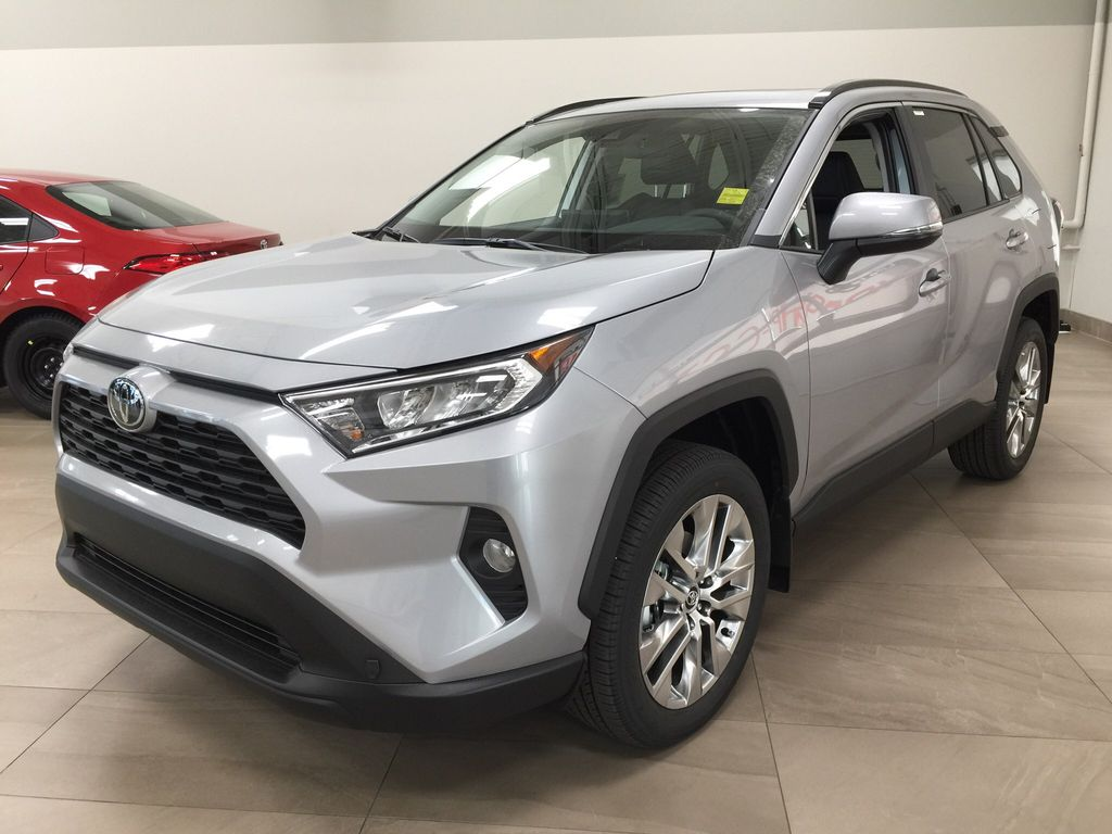 Silver[Silver Sky Metallic] 2021 Toyota RAV4 XLE Premium Left Front Corner Photo in Sherwood Park AB