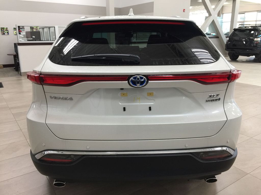 White[Blizzard Pearl] 2021 Toyota Venza XLE Hybrid Rear of Vehicle Photo in Sherwood Park AB